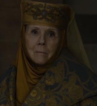 Lady Olenna stares down Cercei